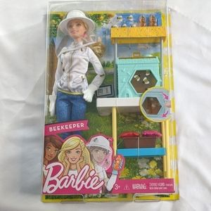 Barbie beekeeper and accessories